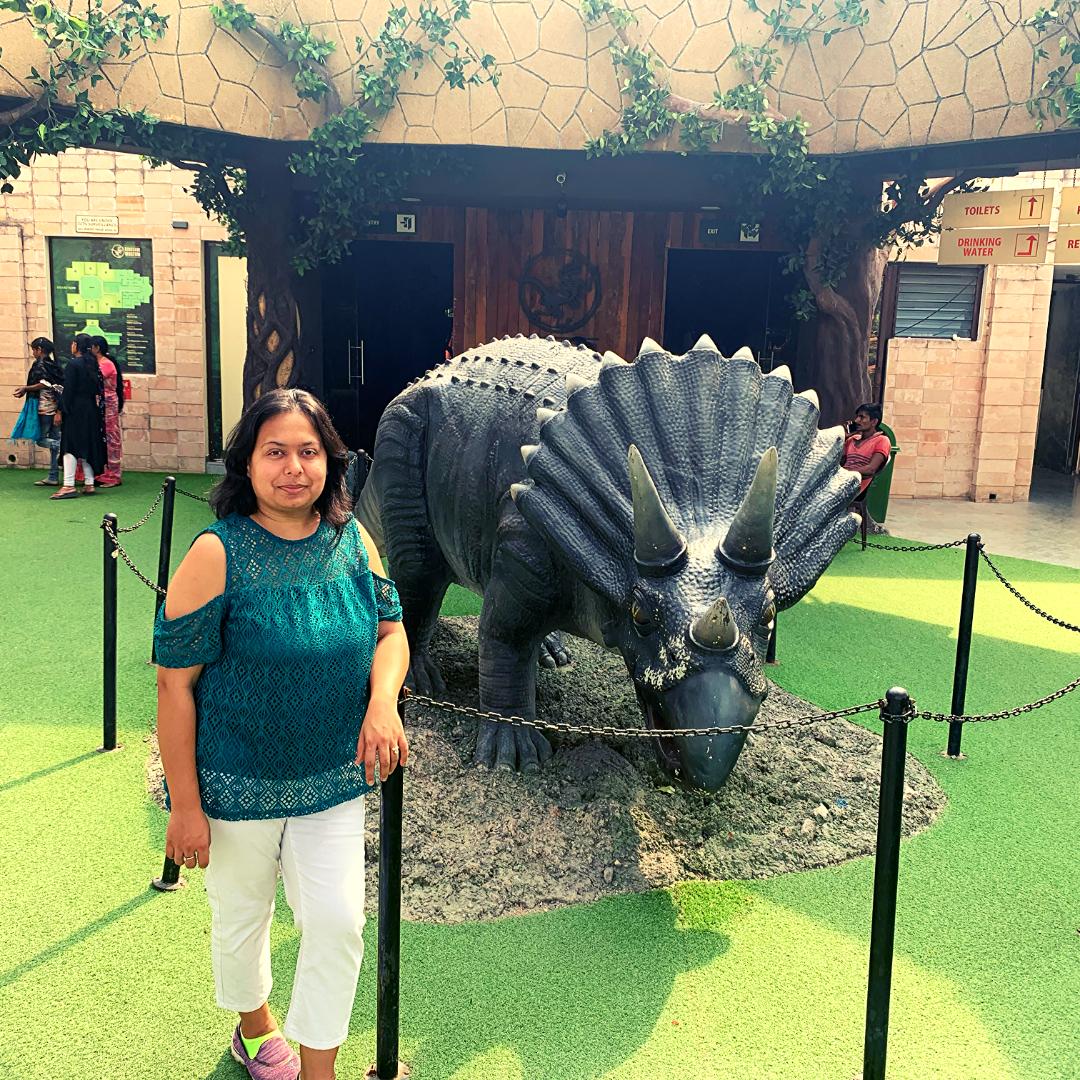 life sized dinosaur sculpture in fossil park raiyoli