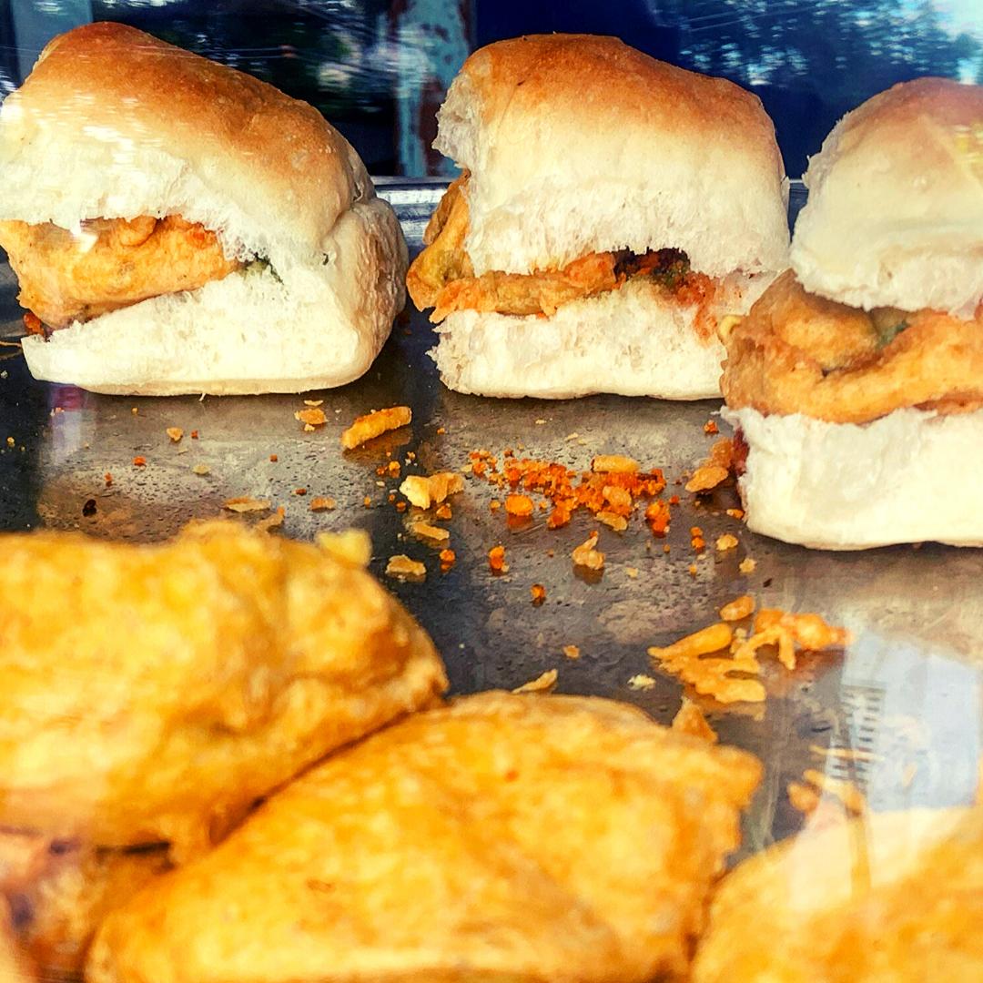 Vada Pau famous mumbai street food