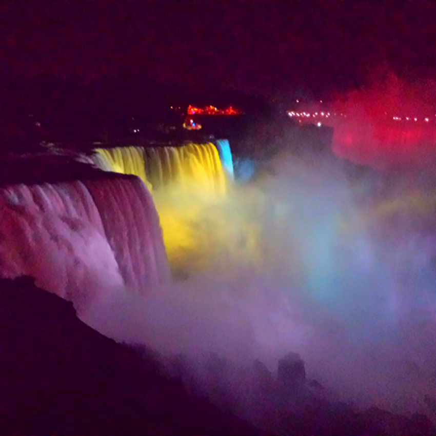 View of Niagara Falls at night